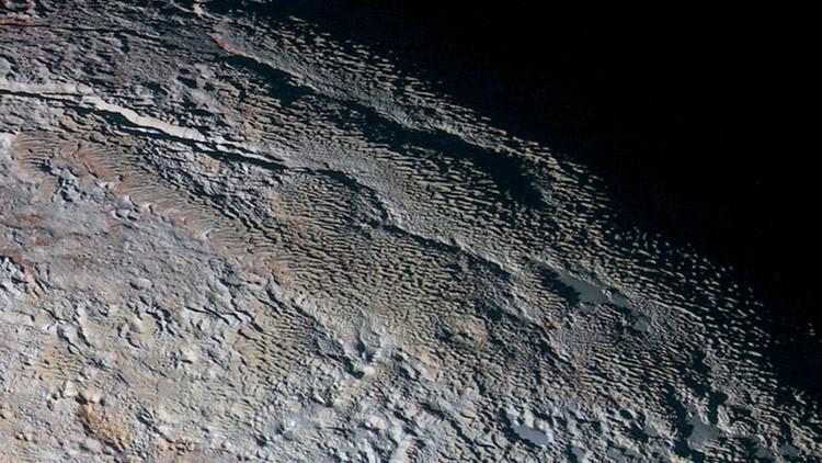 Hallan nevados en Plutón