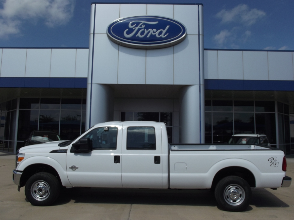 mike brown ford chrysler dodge jeep ram truck car auto sales dfw dealer granbury texas for. Black Bedroom Furniture Sets. Home Design Ideas