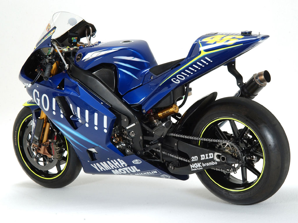 Yamaha bikes wallpapers