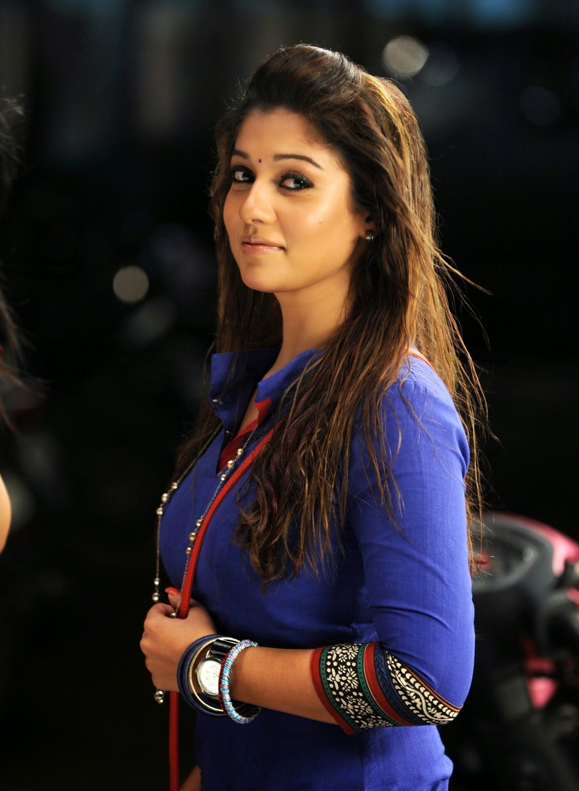 High Quality Bollywood Celebrity Pictures: Nayantara
