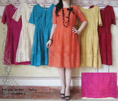 kebaya-simple-ld-003-brokat-bright-ld-003-brokat-bright.jpg. Kebaya