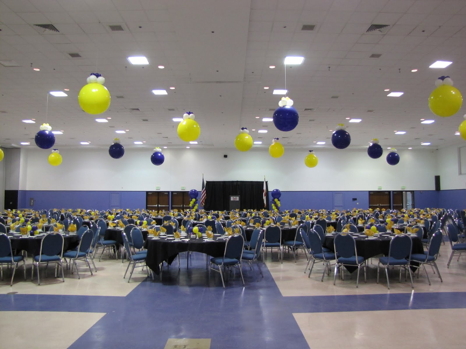 Party people event decorating company lakeland chamber for Balloon ceiling decoration