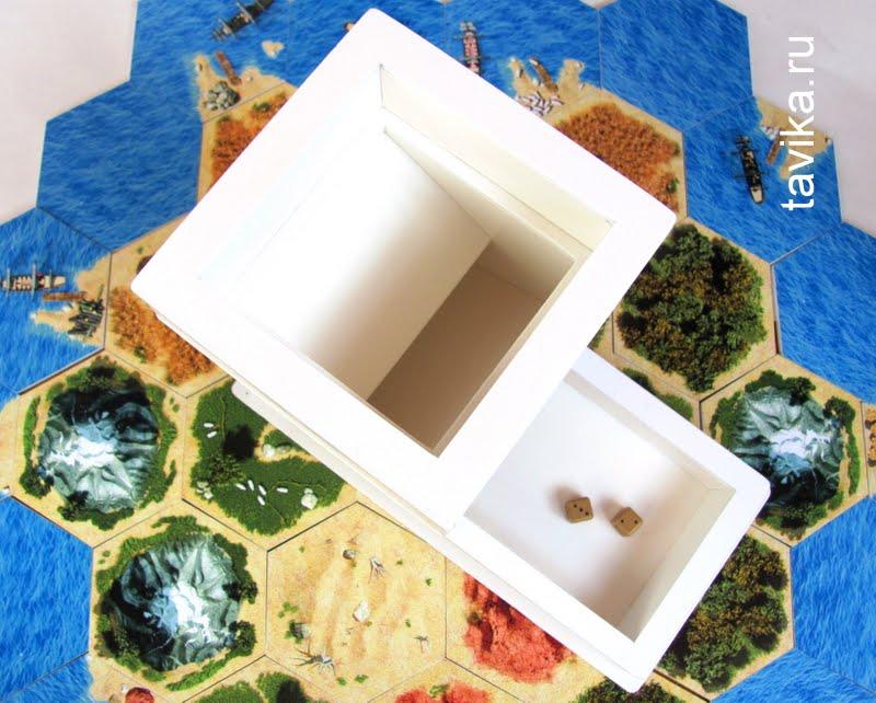 башня для игральных кубиков