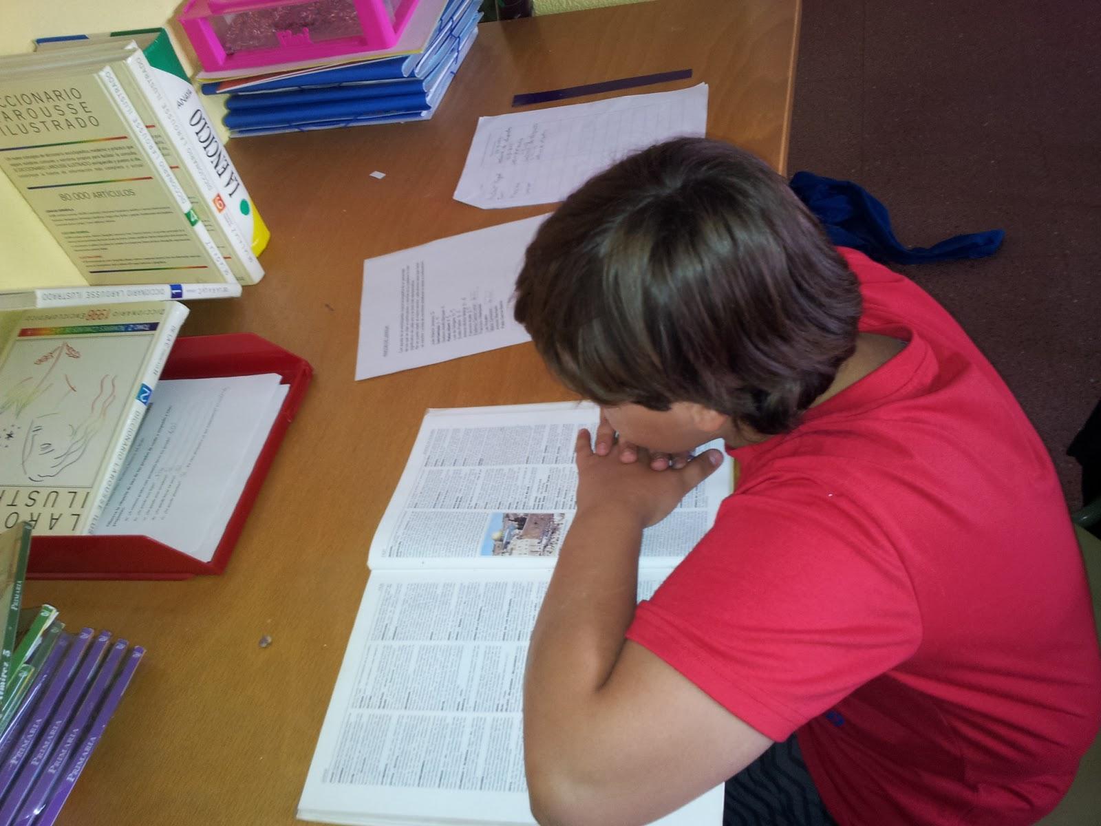 Buscando información sobre un autor andaluz