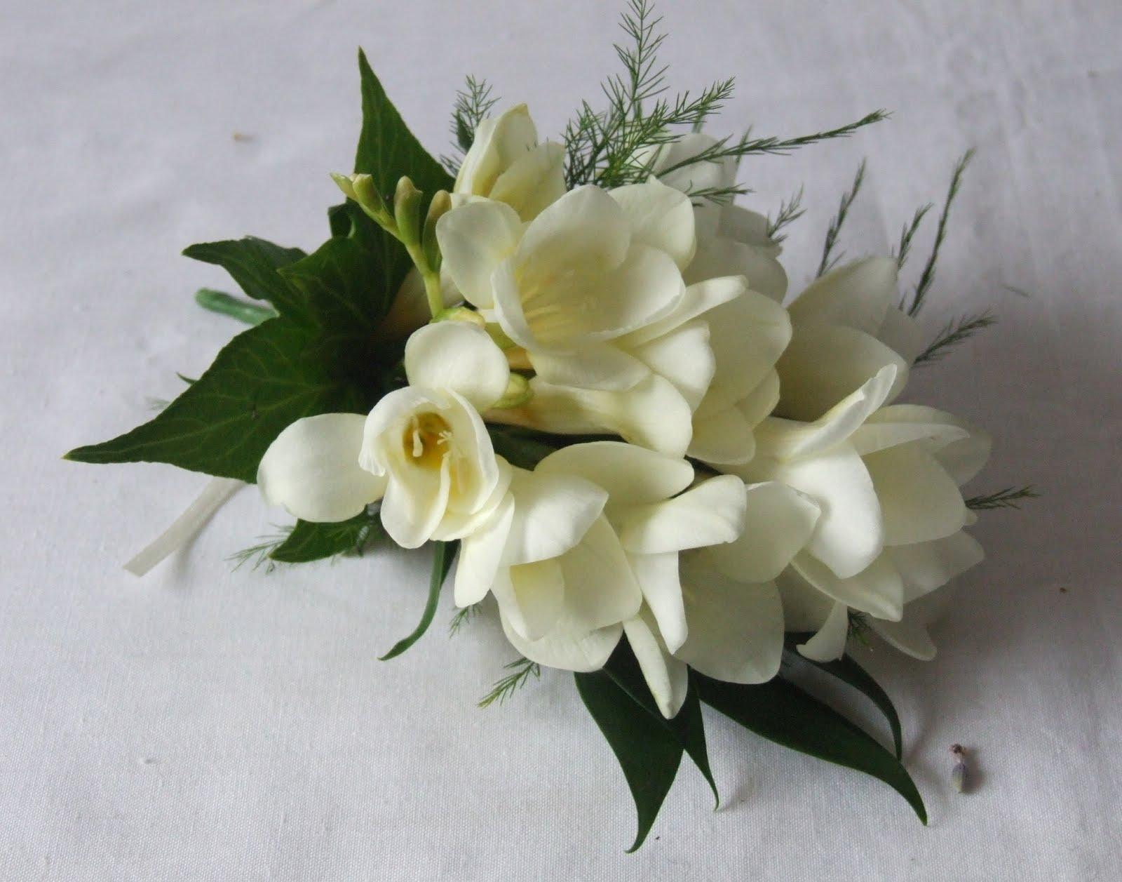 Rj S Florist Yellow Roses White Freesia And Blue Agapanthus