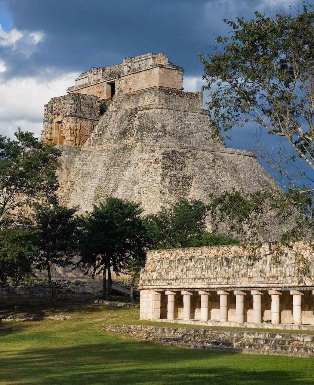 Uxmal, na península de Yucatán, no México, outra cidade grandiosa abandonada