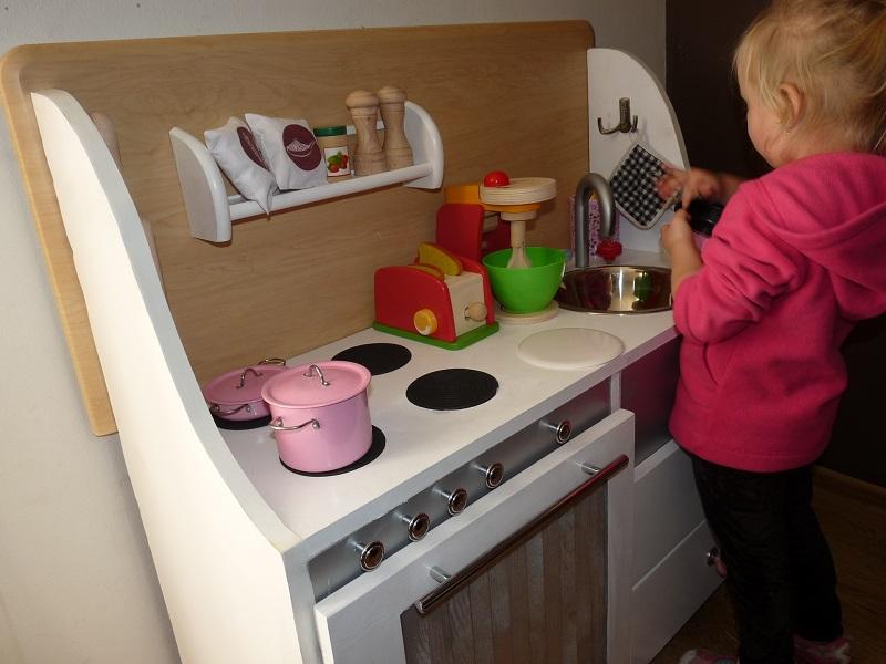 Z perspektywy mamy Kuchnia dla dzieci DIY