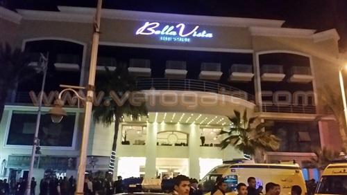 عاجل : خروج احدى مصابى حادث الهجوم الارهابى على فندق «بلافيستا» بالغردقه