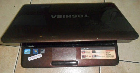 Toshiba L745 Core i3 SandyBridge 640gb Win7 Ori