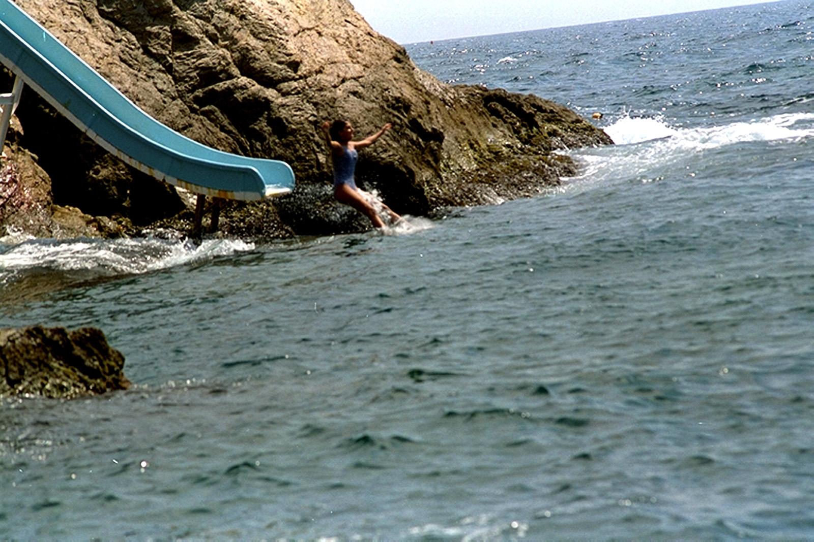 El palomar meandros y poliedros - Aiguablava piscina natural ...