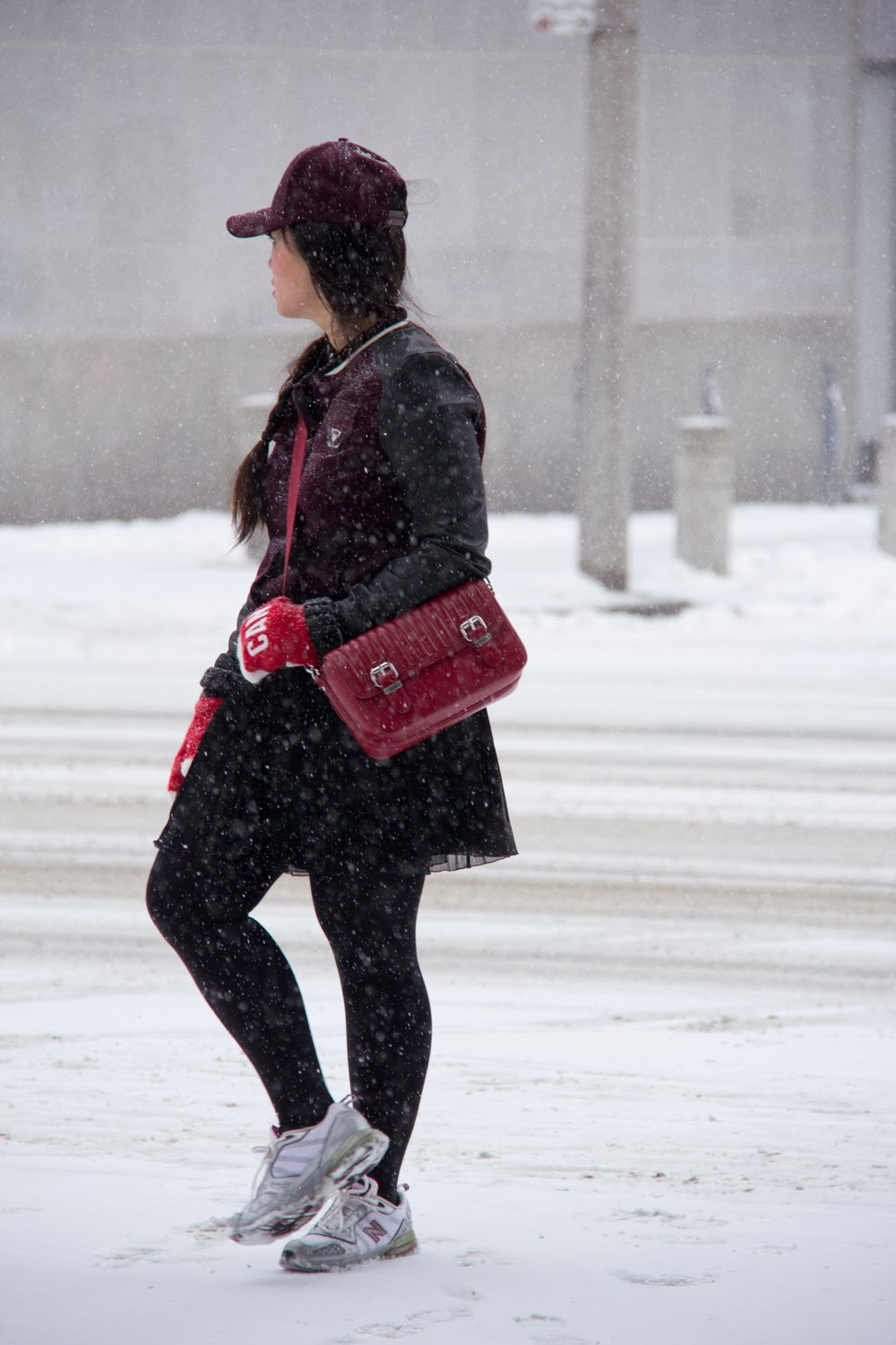 Snowy-Day, Street-Style, Winter-Outfit, Sporty-Look, Fashion-Blogger