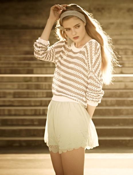 elige una prenda vintage como mucho dos blusa short vestido zapatos etc esa pieza llamar la atencin