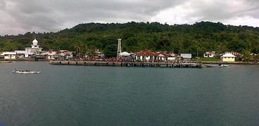 Pulau Gorom