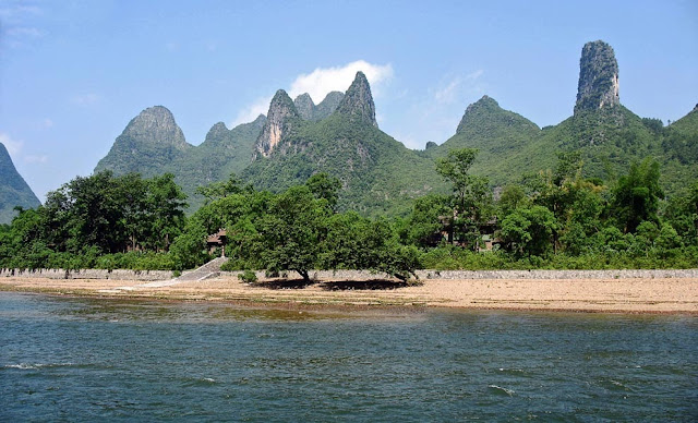 Cone shaped green hills on the River Li