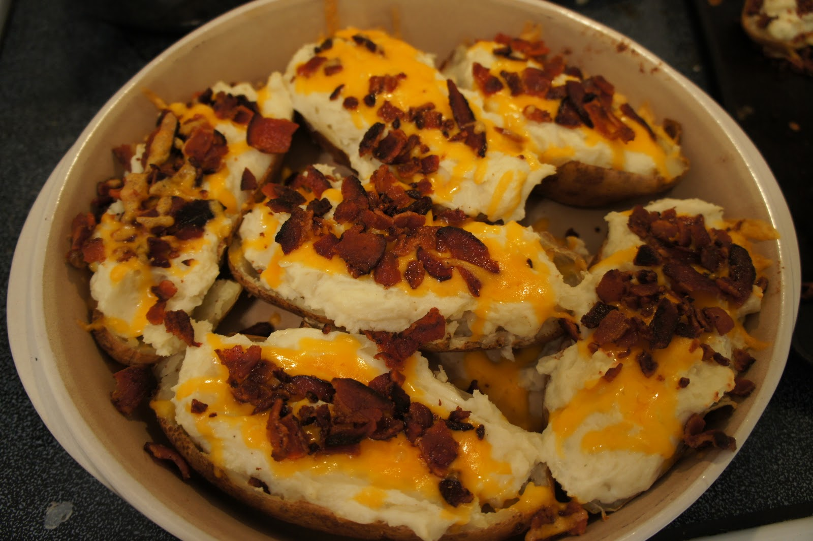 Something yummy for your tummy stuffed blue cheese potatoes for Something delicious to eat for dinner