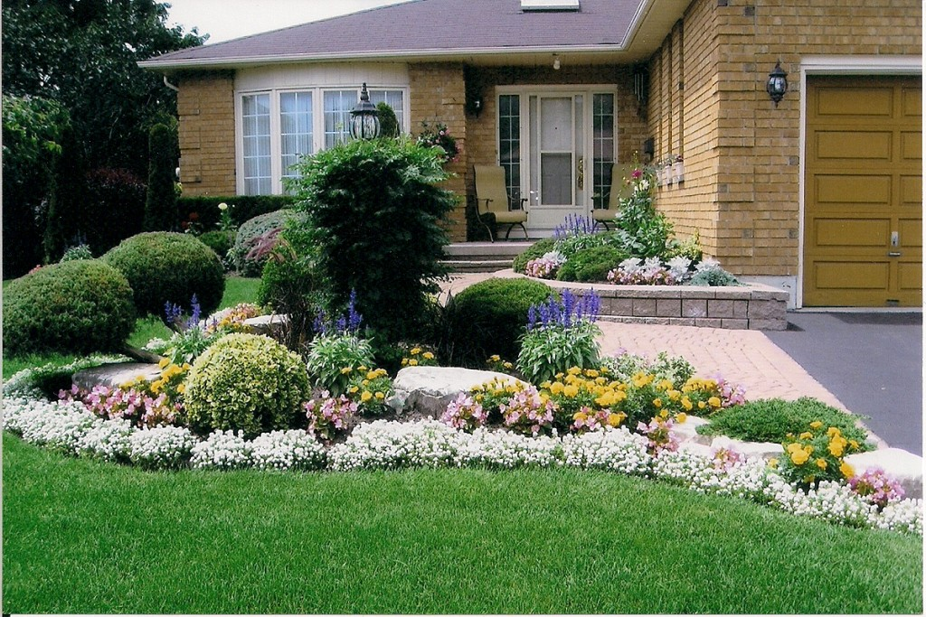 The wyss report curb appeal can curb buyer enthusiasm for Front yard flower garden ideas