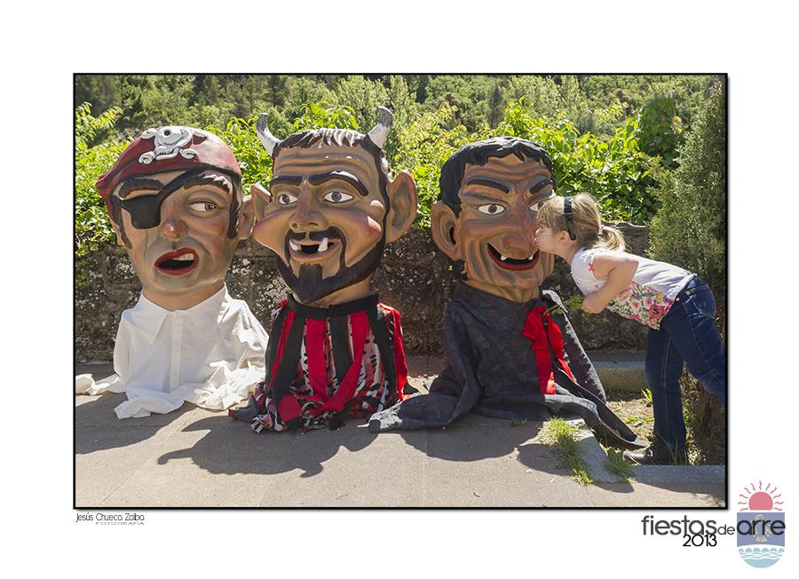 Valle de ezcabarte fiestas de arre 2013 beso for Muebles rey arre
