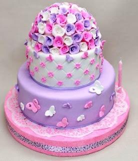 Kue ulang tahun pertama anak perempuan cantik banget
