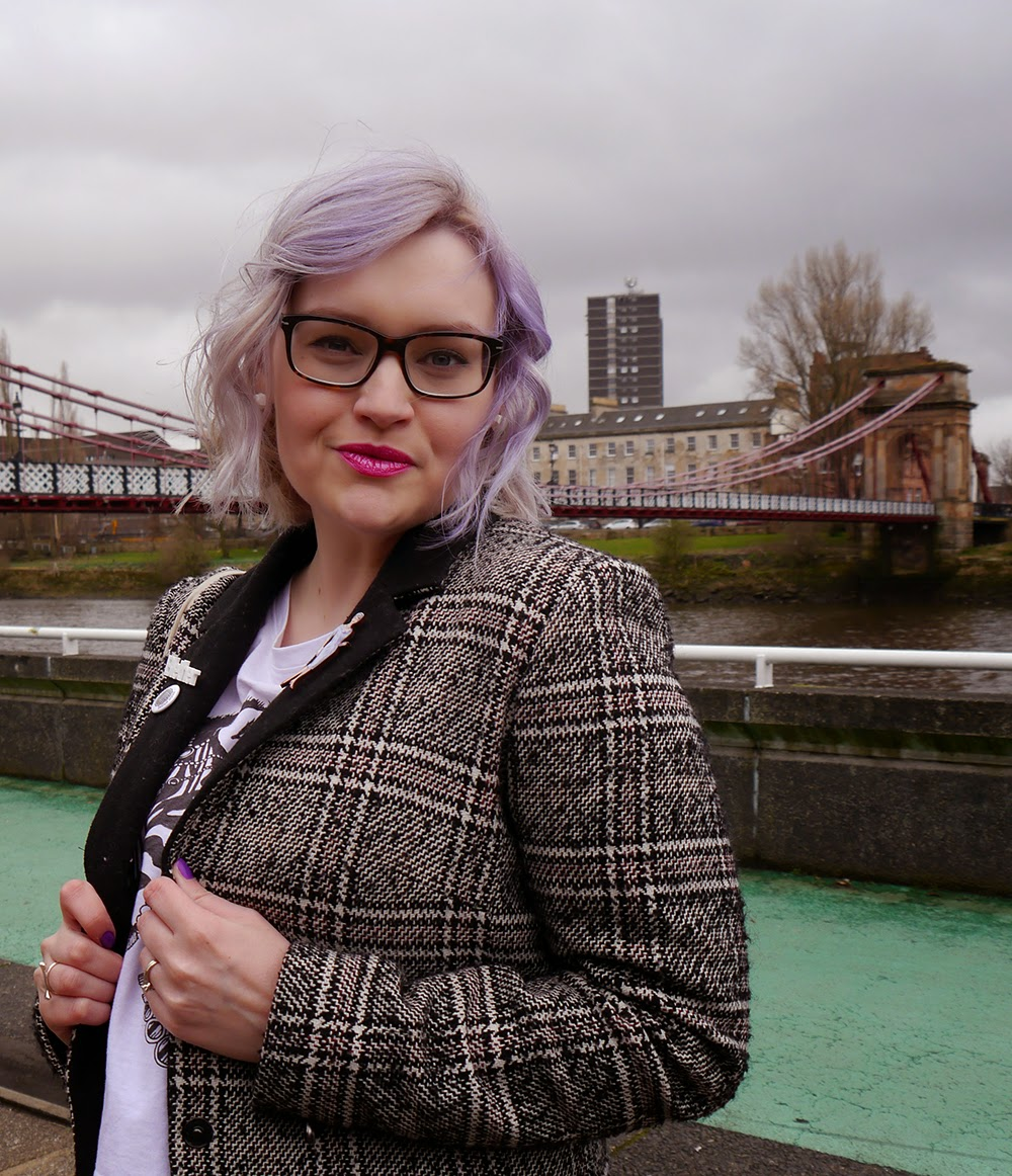 Glasgow, merchant city, the Clyde, plaid, Scottish blogger, style blog, blether, violet hair, purple hair, how to, Lush, passionate,