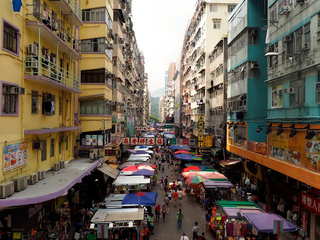 Market stalls in the streets of Mong Kok, Kowloon, Hong Kong