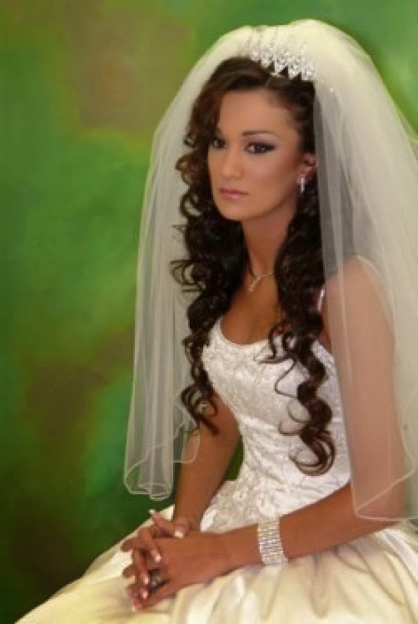 Wedding Guest Hairstyles For Curly Hair : Wedding long hairstyles hairstyle trends