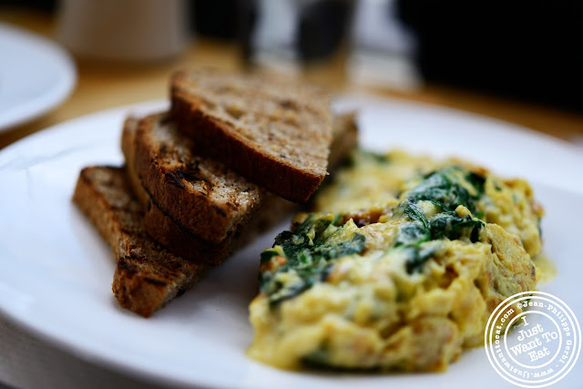 Image of bacon, spinach & fontina scramble with whole wheat toasts at Market Table in NYC, New York