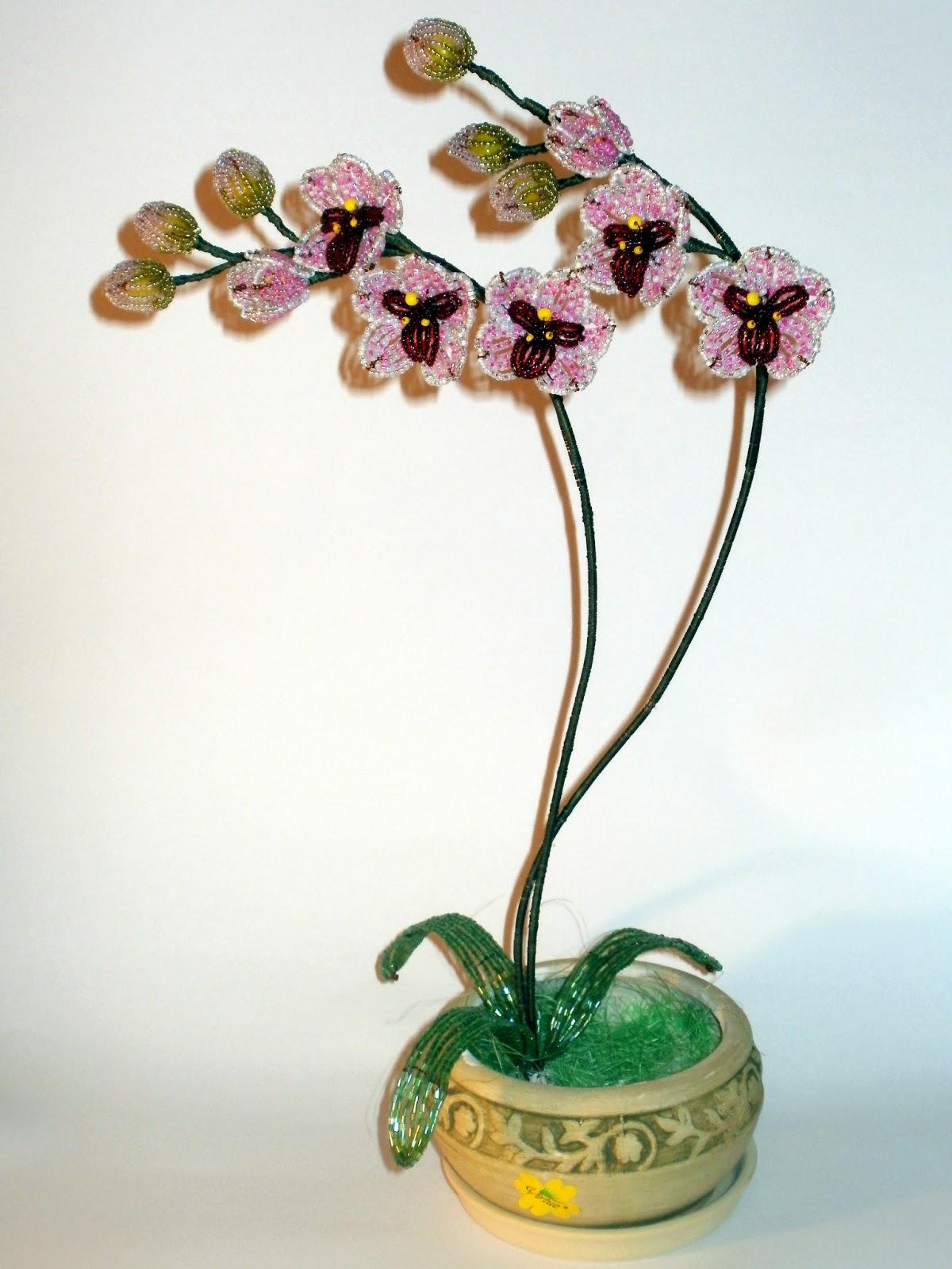 b Мой любимый бисер/b: Орхидея из бисера.
