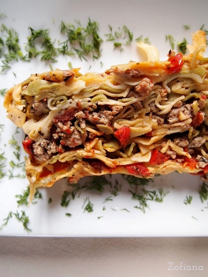 meat herb and tomato pasta bake