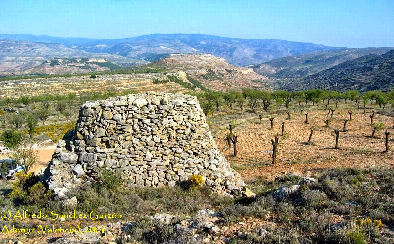 paisaje-rincon-ademuz-barraca-piedra