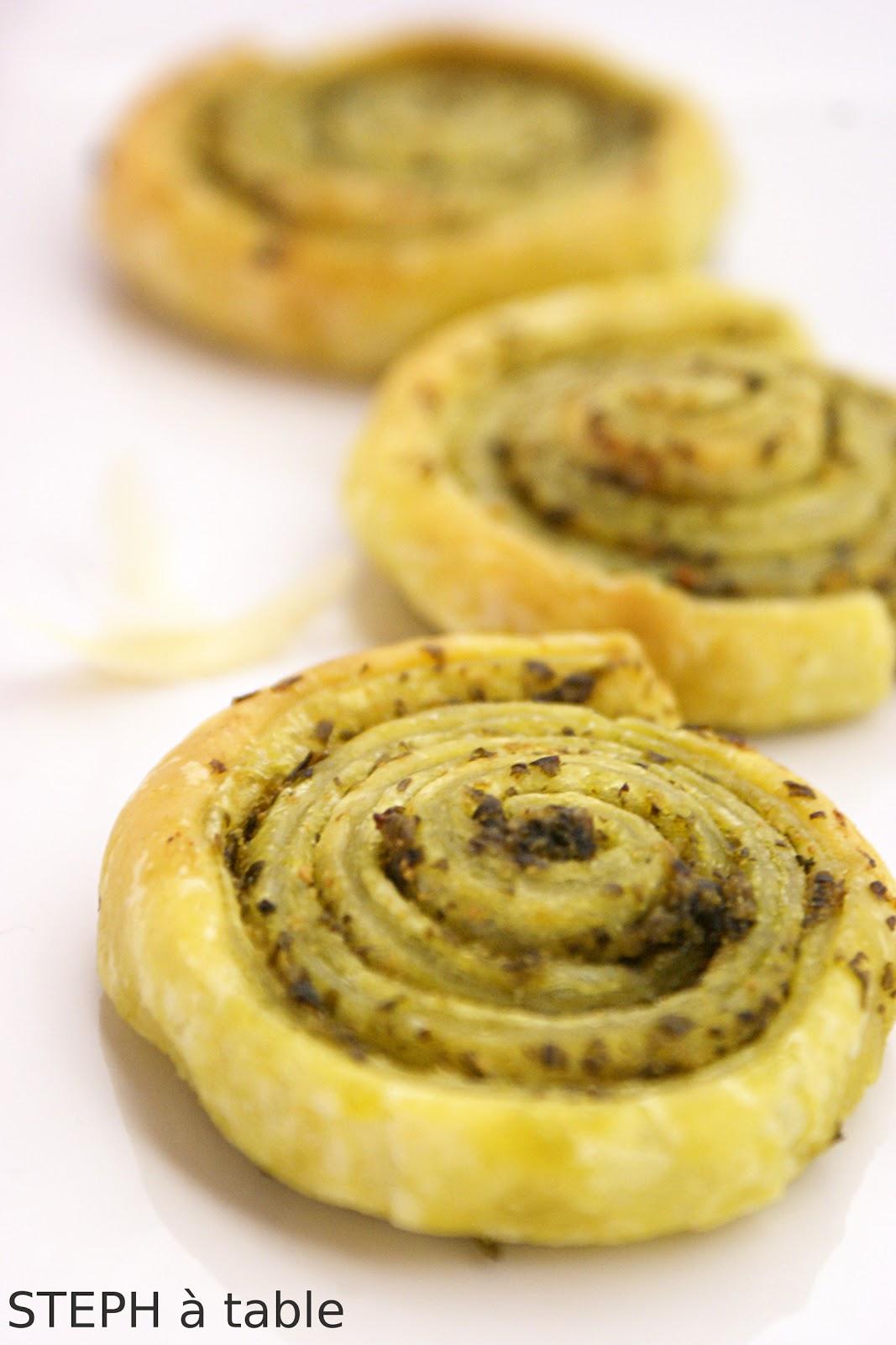 Populaire Chic et rapide: les petits feuilletés au Pesto ! | Stephatable BJ54