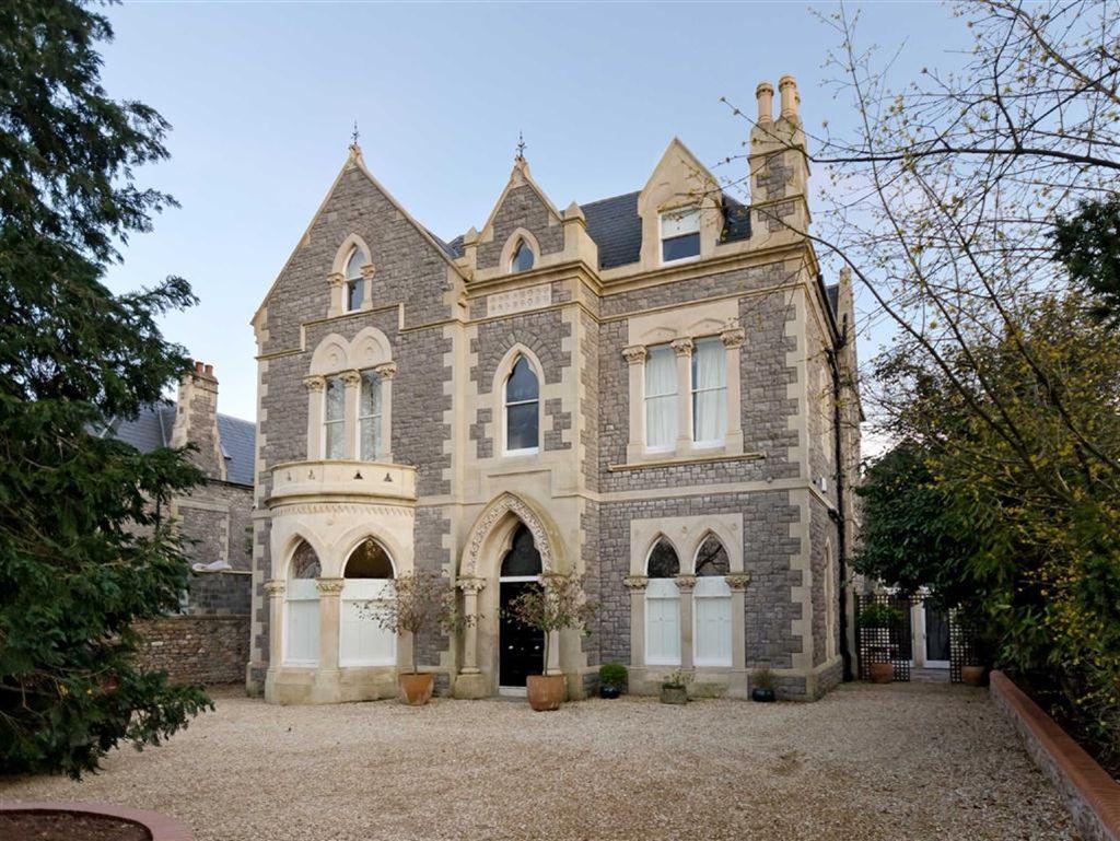 Victorian gothic interior style victorian interior for Classic house bristol