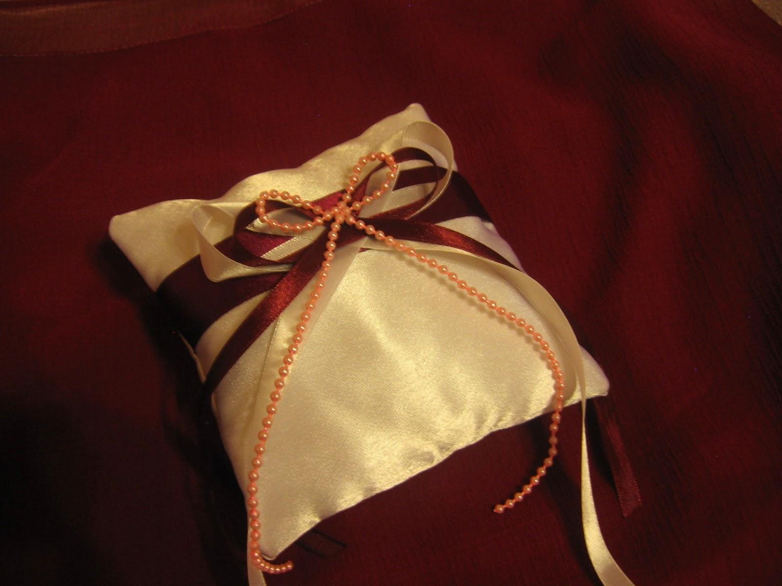 Как сшить подушечку для колец на свадьбу 17