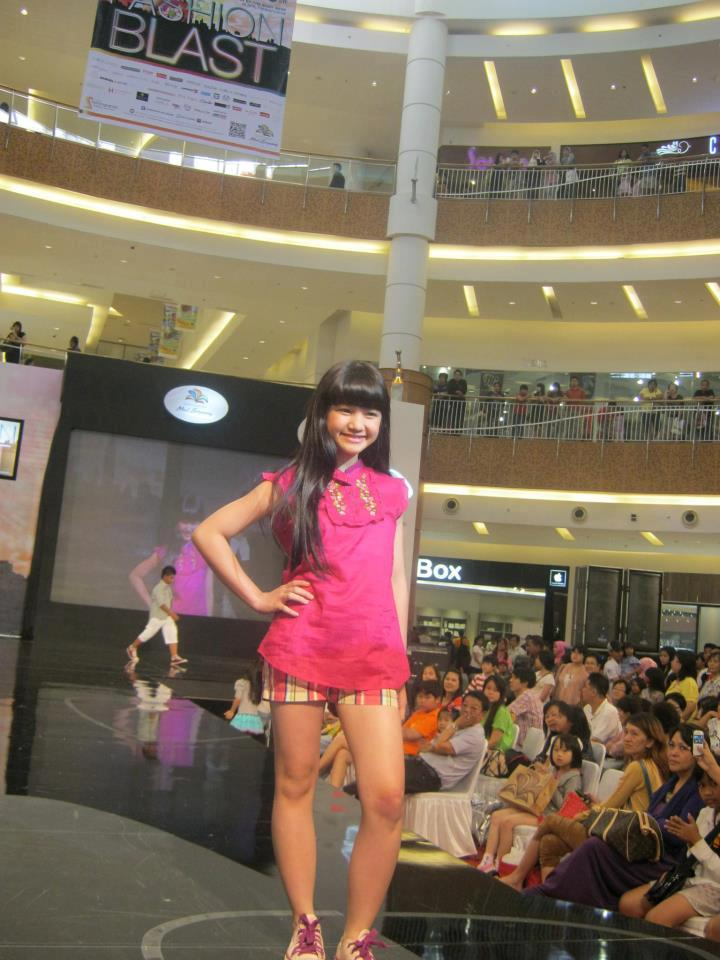 Bella Graceva Amanda Putri (Bella BeSSaRa) at Fashion Blast