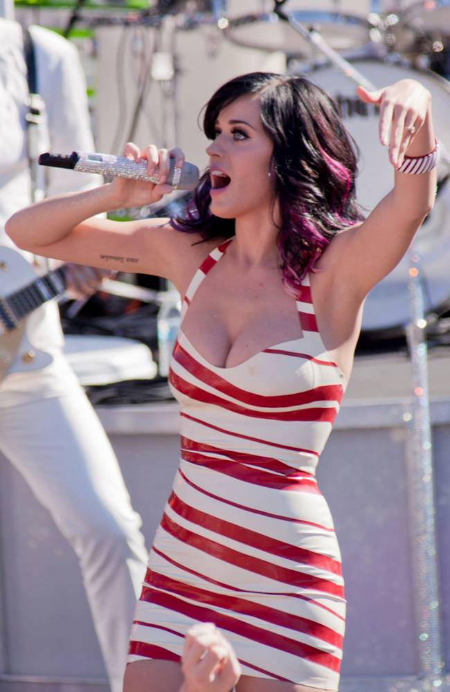Katy Perry Performs at Dos Pueblos High School in Santa Barbara