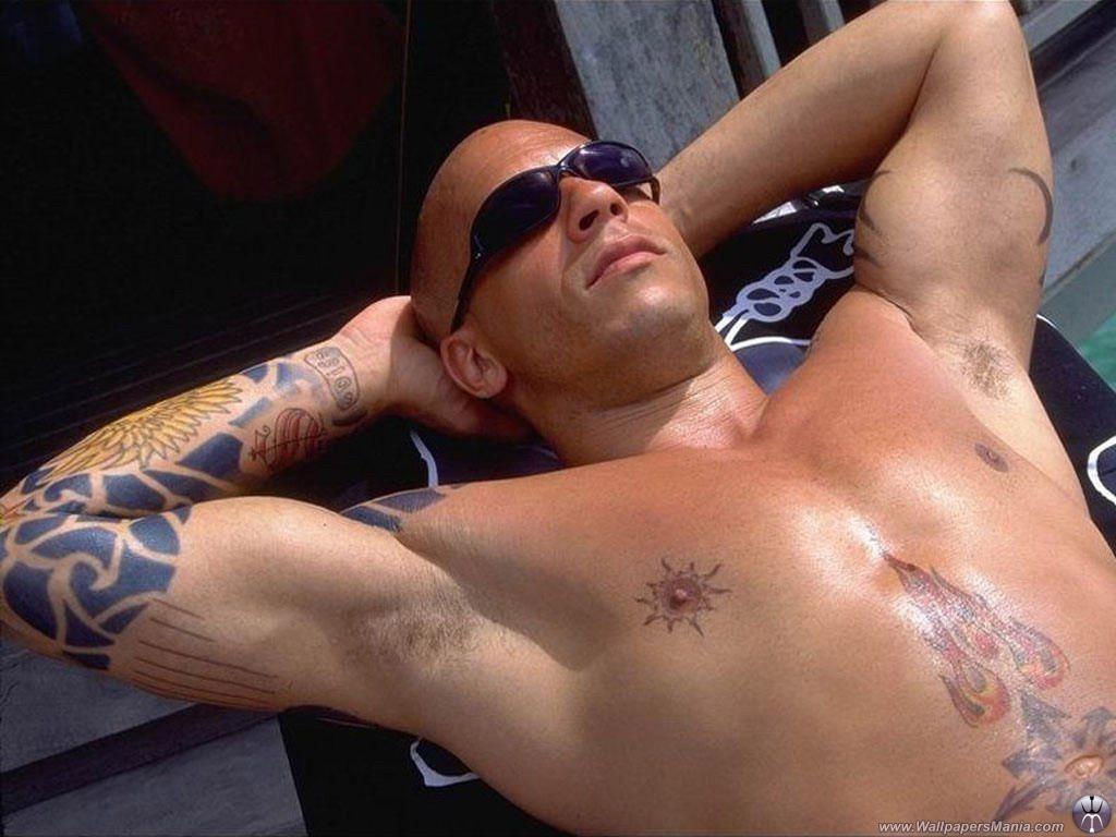 http://3.bp.blogspot.com/-KadqF_SPfjE/Tqexr3dC_VI/AAAAAAAAEFg/veoWsAMx_Ds/s1600/Vin_Diesel_Tattoo.jpg