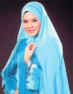 Aida Juara Gadis Melayu 1 Jadi Pengacara