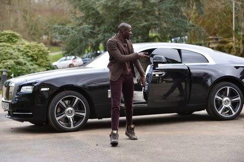 Sakho arrive en Rolls à Clairefontaine