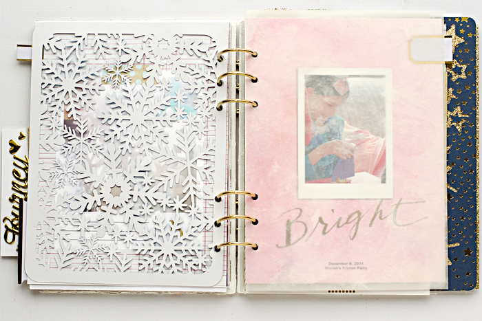December Daily® hybrid scrapbook mini album | Day 5 filler