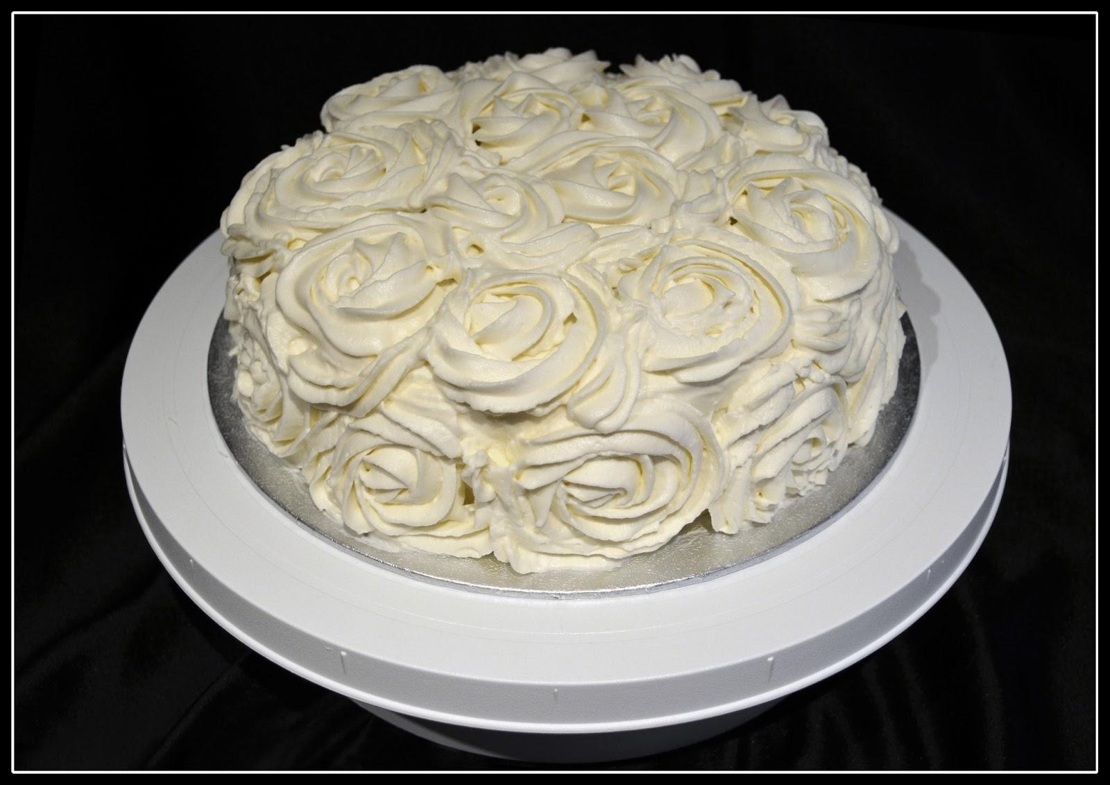 M s que cupcakes red velvet cake - Tarta red velvet alma obregon ...