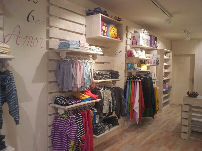 Liuva mobiliario comercial tienda infantil de comercio justo - Tiendas de decoracion infantil ...