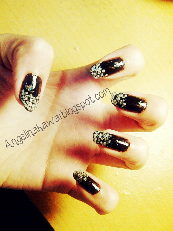 Angelkawai's Diary: Tips Membuat Nail Art Simple dan Abstrak