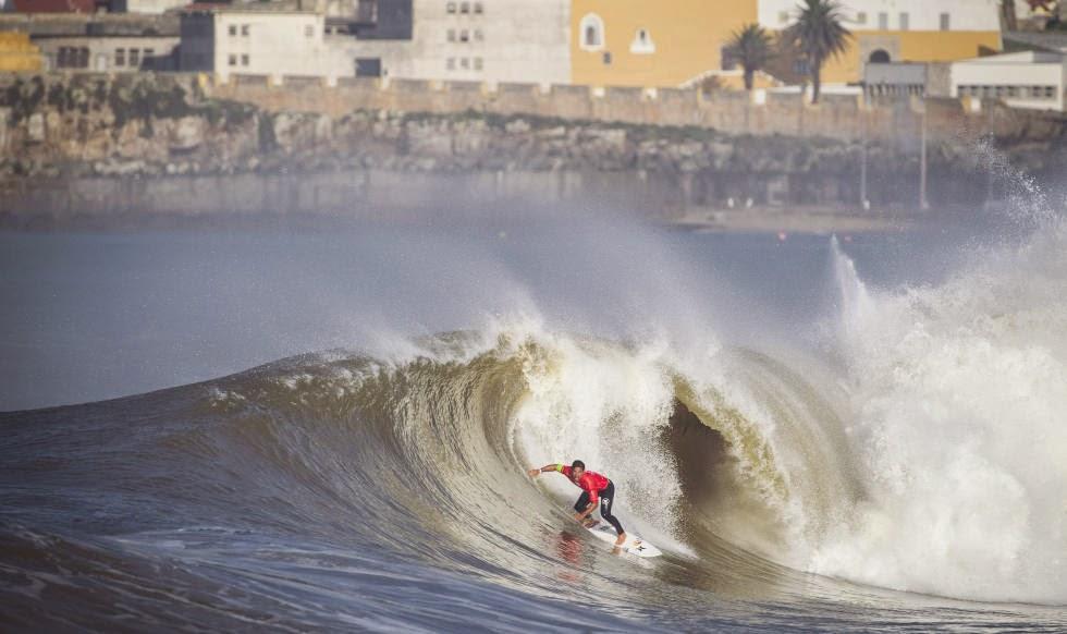 36 2014 Moche Rip Curl Pro Portugal Michel Bourez PYF Foto ASP Damien Poullenot Aquashot