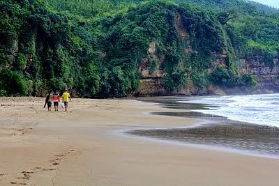Pantai Tulungagung Jawa Timur di Tulungagung Jawa Timur