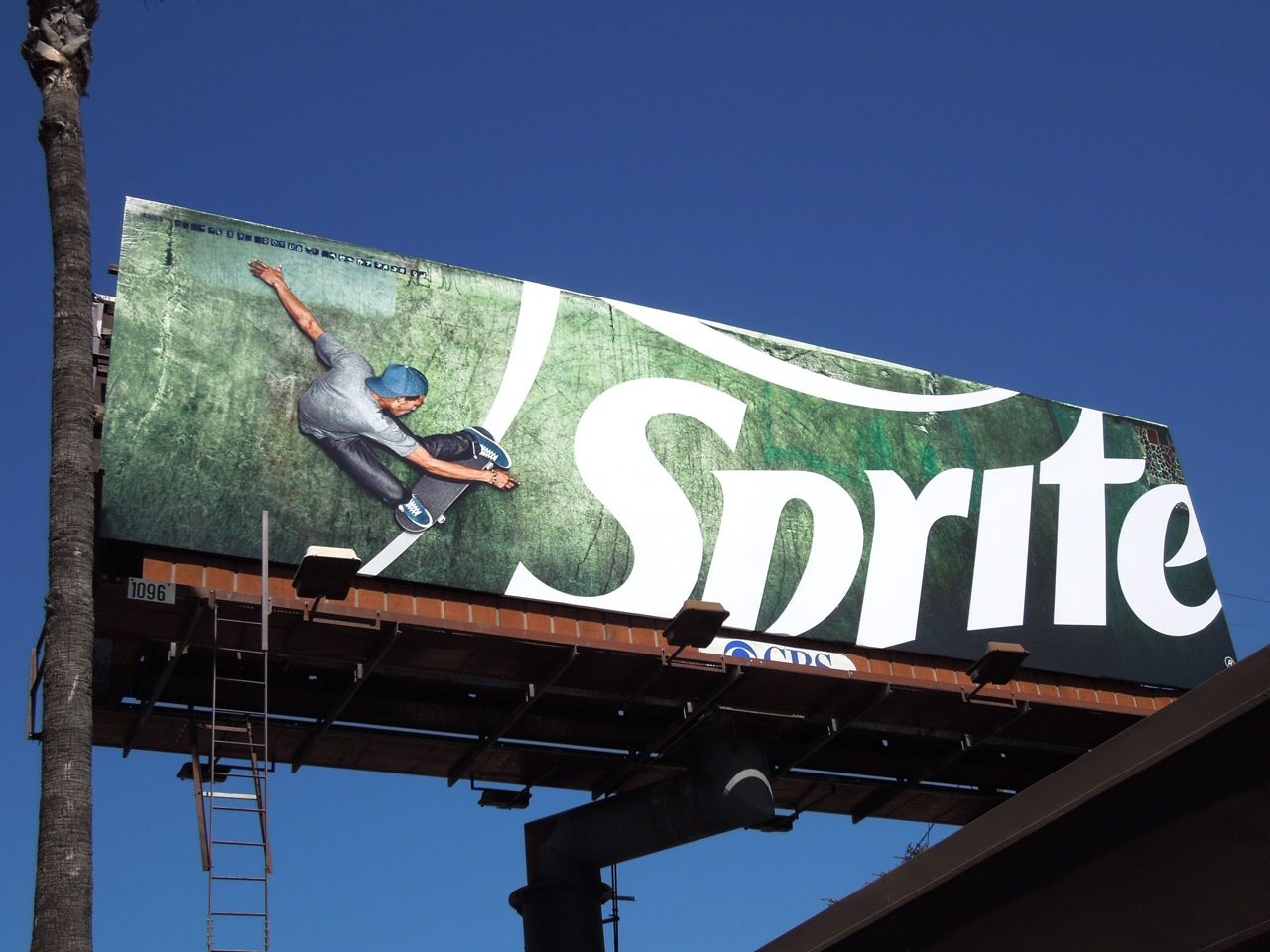 sprite target market identification Marketing plan for sprite carbonated drink target market summaries, product segment identification sprite will be marketed with main focus on the consumers.