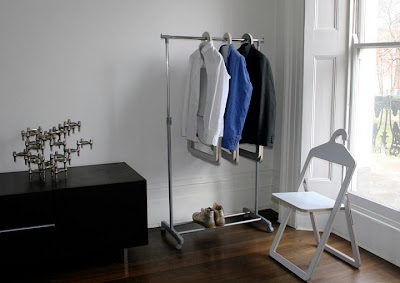 Cool Coat Hangers and Modern Clothes Hanger Designs (16) 1
