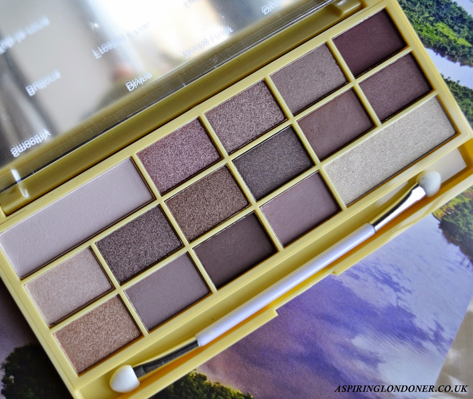 I heart Makeup Naked Chocolate Palette Review - Aspiring Londoner
