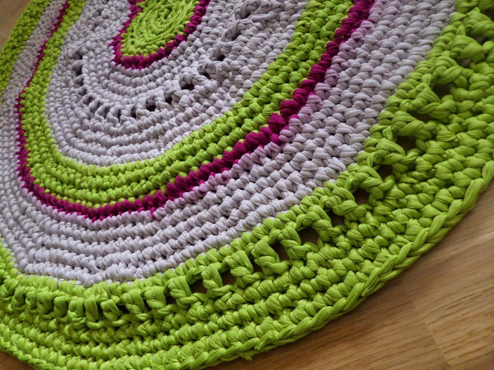 Dar vida a objetos olvidados alfombra de hilo de for Alfombras de hilo
