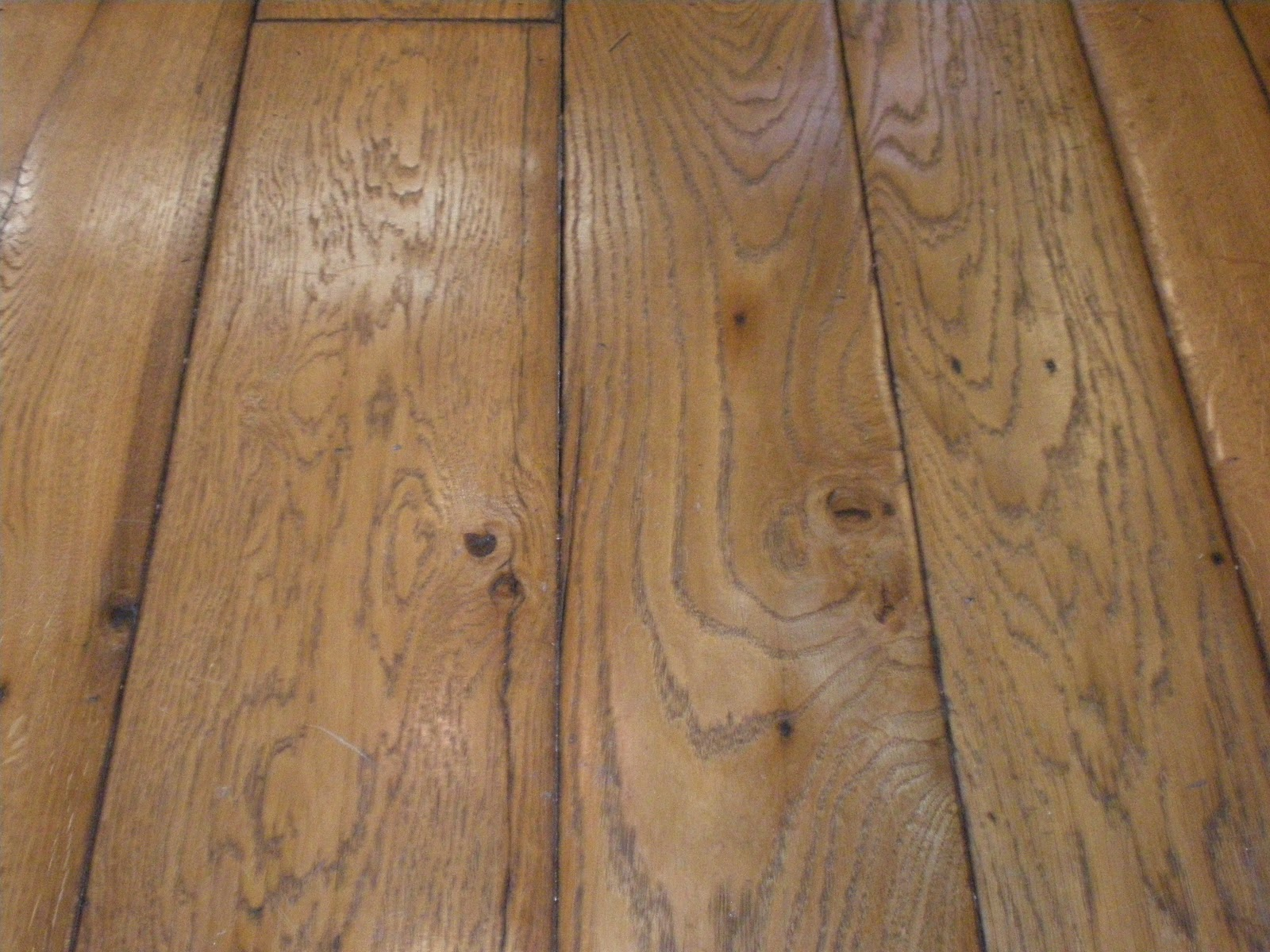 Reclaimed wood flooring Salvaged pine flooring