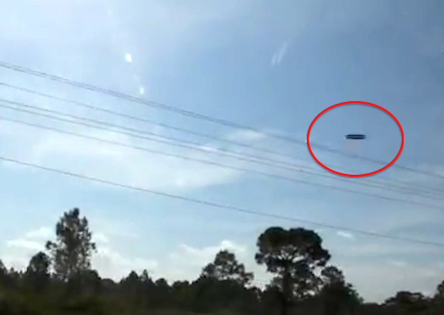 UFO Sighting 2011, UFO Passes Truck in Southern Florida, Pictures ...