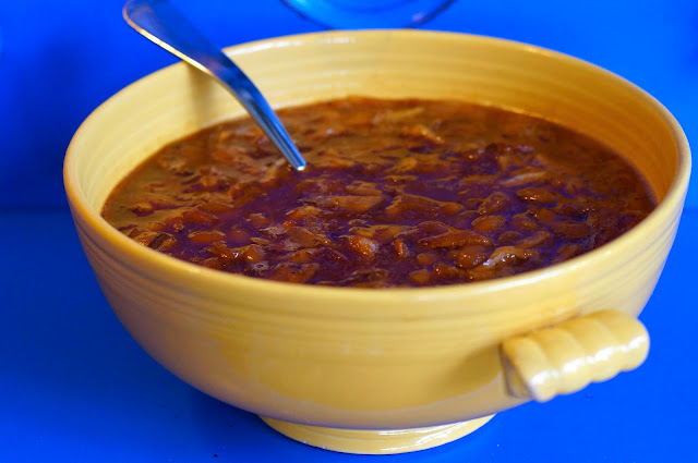 baked beans, peppered maple bacon, bushes baked beans, chili sauce, onion, brown sugar